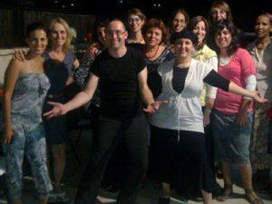 יובל בן בסט - גרפולוג למסיבת רווקות וערב נשים