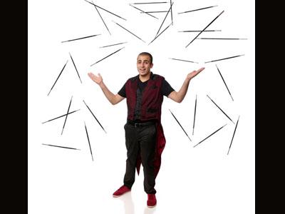 אופיר יצחקי - קוסם לילדים