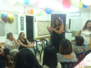 שרון צרפתי - סקסולוגית למסיבת רווקות - סקסולוגית לימי הולדת למבוגרים