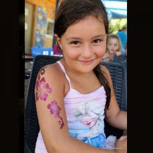 ציורי פנים וגוף - קעקועי נצנצים לפורים - מאפרת לילדים