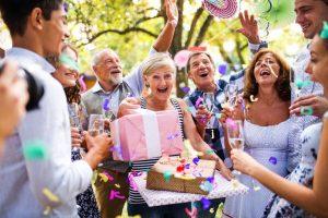 מסיבת הפתעה ליום הולדת - מאמר