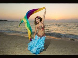 הילה ריחני רקדנית בטן מקצועית