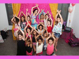 """סטפניה """"נסיכת הקצב"""" - הפעלות ריקודי בטן ליום הולדת לילדות"""