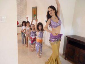 """טפניה """"נסיכת הקצב"""" - ריקודי בטן לבנות"""