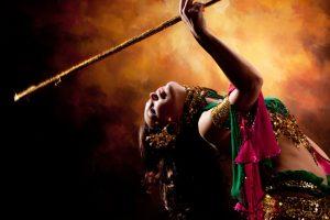 רקדנית הבטן היא אמנית בתחום המחול המזרחי – מאמר 17 אפריל 14, 2021