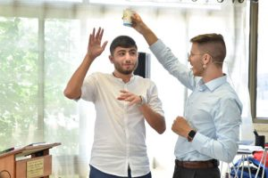 יואב פרץ אמן חושים לערב גיבוש לעובדים