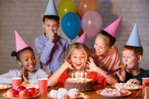 איך לחגוג יום הולדת לבנות – מאמר 1 אוקטובר 7, 2021